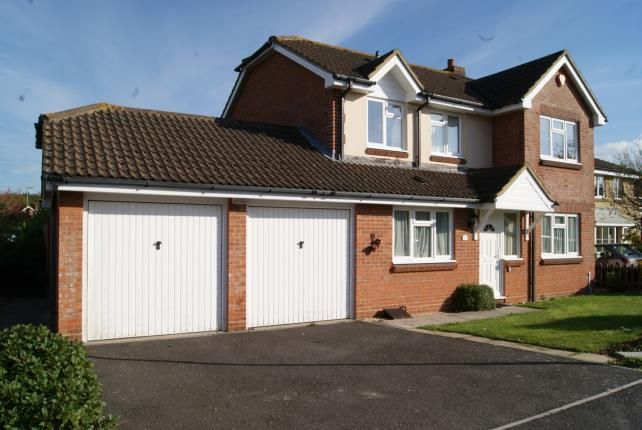 Thumbnail Detached house for sale in Hart Close, New Milton