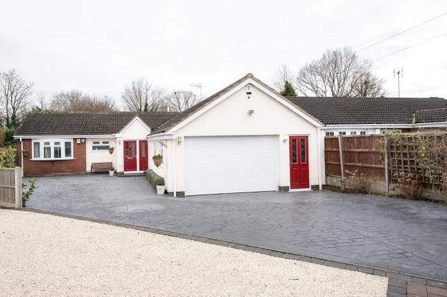 3 bed bungalow for sale in Victors Close, Leicester, Leicestershire LE2