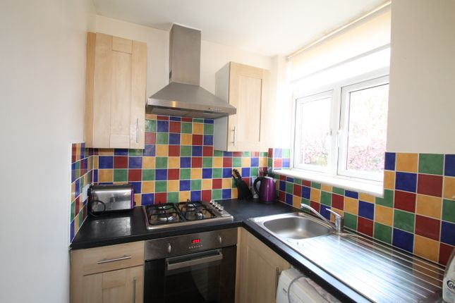 Thumbnail Flat to rent in Town Street, Stanningley, Pudsey