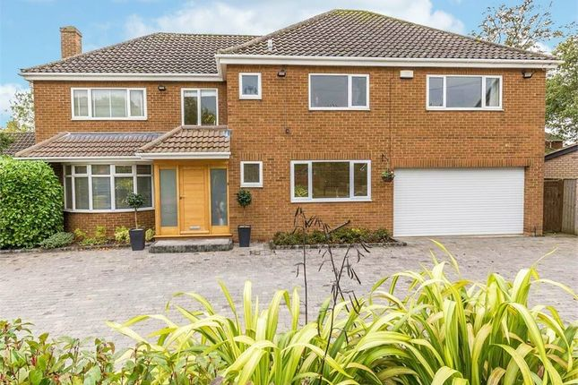 Detached house for sale in Augusta Close, Grimsby, Lincolnshire