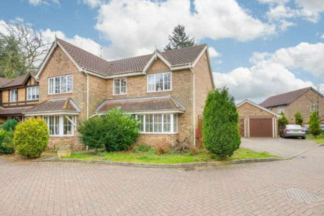 Thumbnail Detached house for sale in Grenville Way, Stevenage