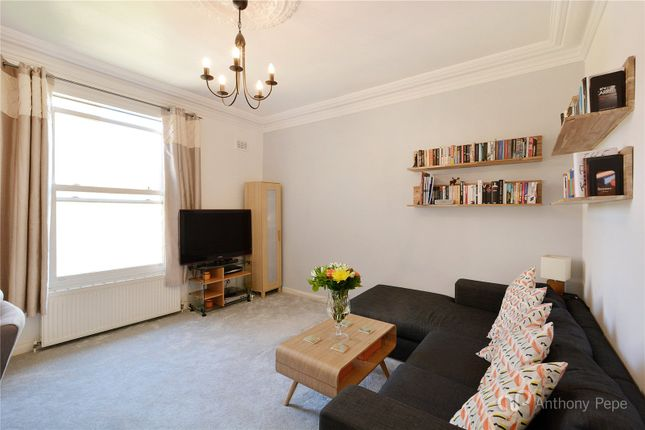 2 bed flat for sale in Uplands Road, Crouch End, London