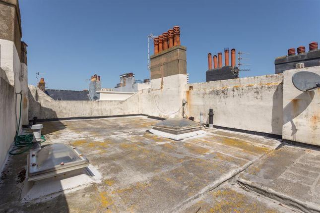 Flat Roof of Bloomsbury Place, Brighton BN2