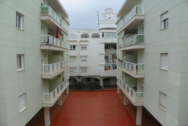 3 bed apartment for sale in Spain, Málaga, Fuengirola