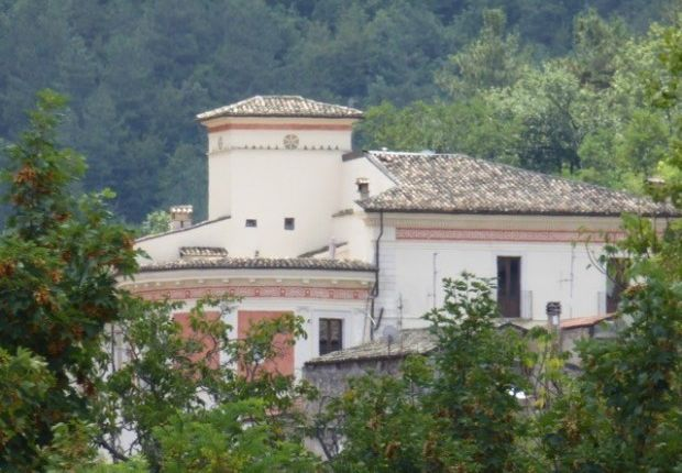 Thumbnail Apartment for sale in Introdacqua, L\'aquila, Abruzzo