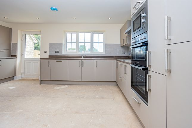 Thumbnail Detached house for sale in Wells Road, Radstock