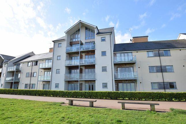 Thumbnail Flat for sale in Kittiwake Drive, Portishead, Bristol