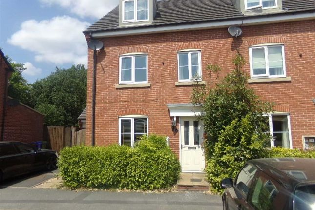 Thumbnail Town house to rent in Tensing Fold, Dukinfield