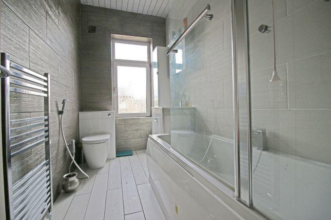 Bathroom of Dewhurst Road, Fartown, Huddersfield HD2