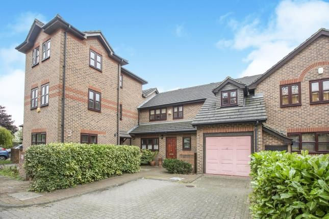 3 bed terraced house for sale in Bartlett Close, London