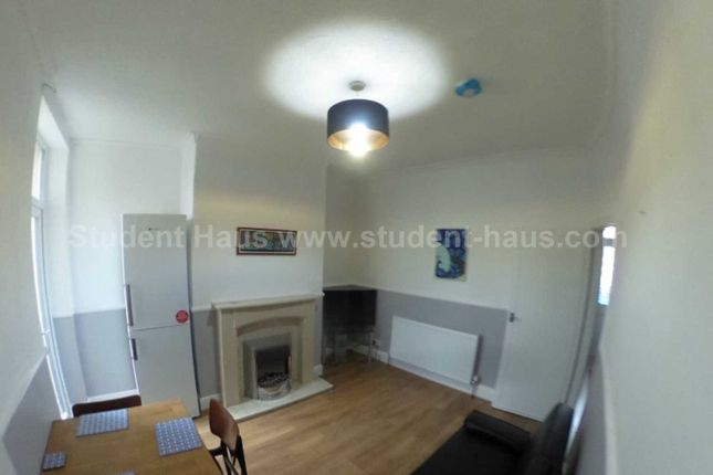 Thumbnail Property to rent in New Barton Street, Salford