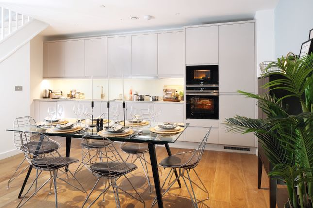 Thumbnail Flat for sale in Colindale Avenue, London