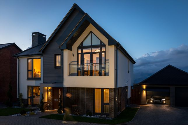 Thumbnail Detached house for sale in Loxley Road, Stratford-Upon-Avon, Warwickshire CV37.