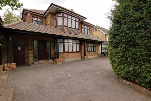 Thumbnail Property to rent in Lancaster Avenue, Hadley Wood, Hertfordshire