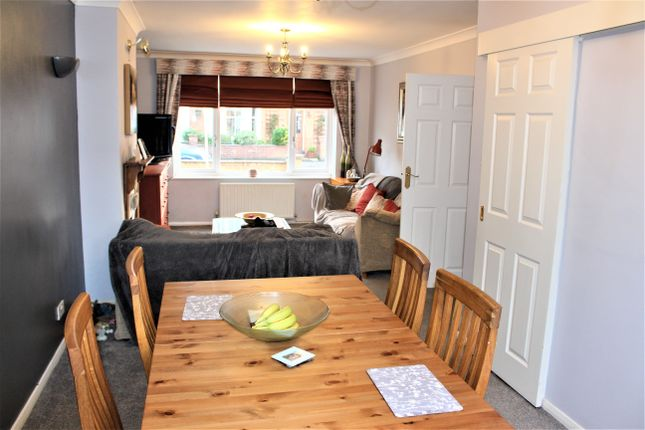 Thumbnail Semi-detached house for sale in Wellington Street, Leicester