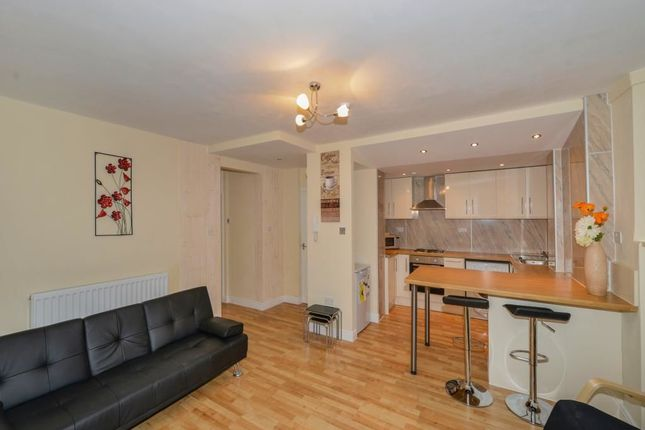 Thumbnail Flat for sale in Belle Vue Terrace, Whitby