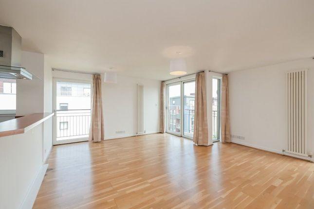 Thumbnail Flat to rent in East Pilton Farm Avenue, Fettes