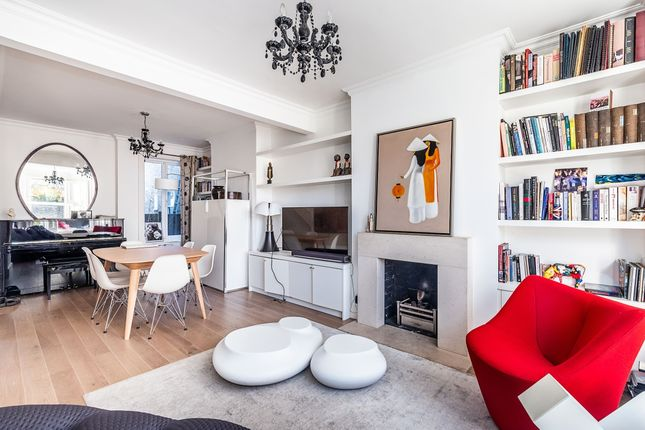 Thumbnail Flat to rent in Woodlawn Road, London