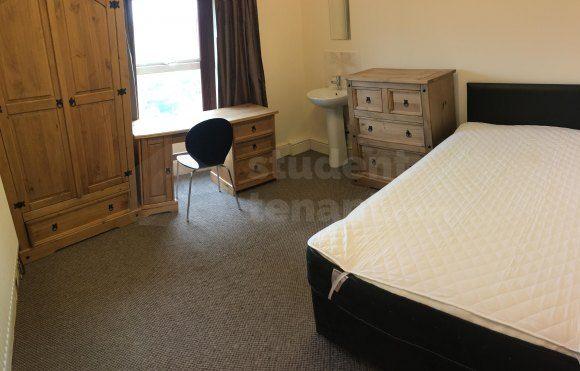 Room-7_35550949366_O