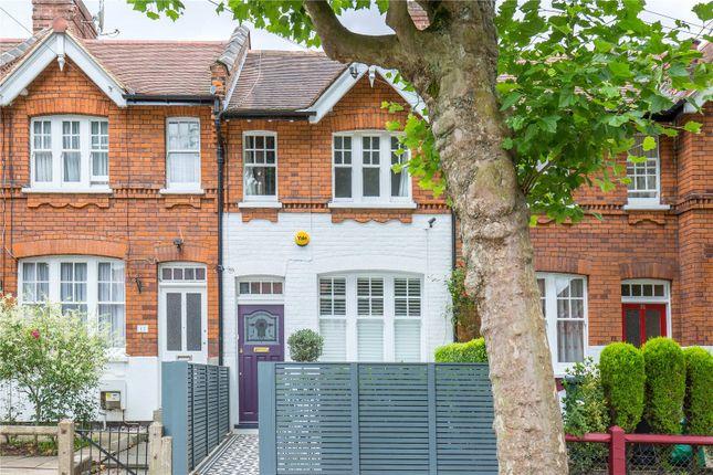 Thumbnail Terraced house for sale in Kenwood Road, Highgate, London