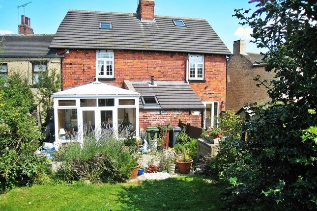 Thumbnail Property to rent in Main Street, Barwick In Elmet, Leeds