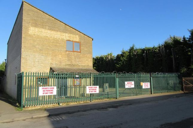 Thumbnail Commercial property to let in Elliott Road, Love Lane, Cirencester