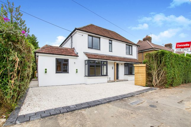 Flat for sale in St. Andrews Road, Burgess Hill