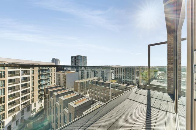 2 bed flat for sale in Windlass House, Royal Wharf E16