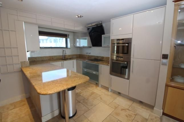 Thumbnail Town house to rent in St Christopher's Court, Swansea