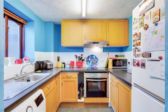 Kitchen of Woodridge Close, The Ridgeway, Enfield EN2