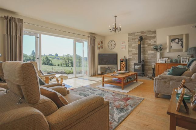 2 bed semi-detached bungalow for sale in Rainhall Crescent, Barnoldswick BB18
