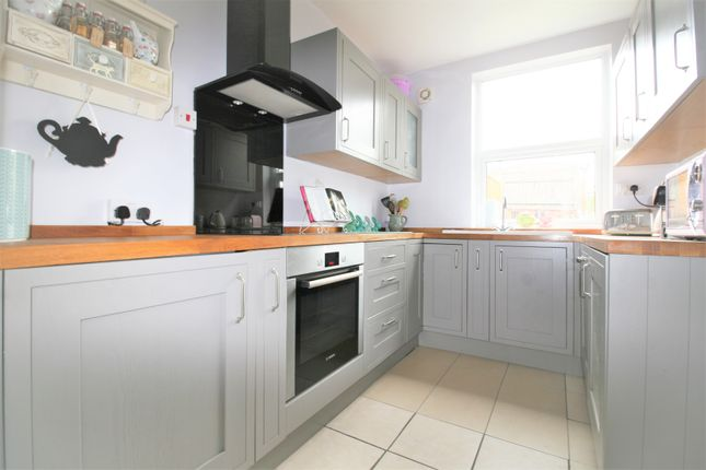 Thumbnail Terraced house for sale in Devonshire Road North, New Whittington, Chesterfield