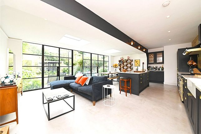 Thumbnail Flat for sale in Brondesbury Villas, Queens Park