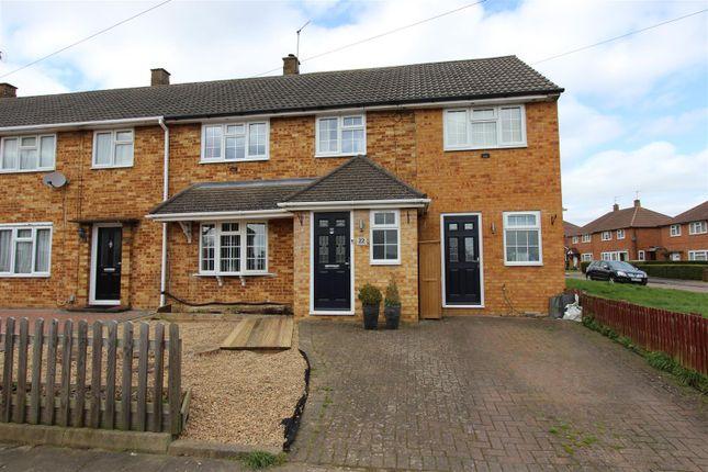 Thumbnail End terrace house for sale in Hawthorne Lane, Warners End, Hemel Hempstead