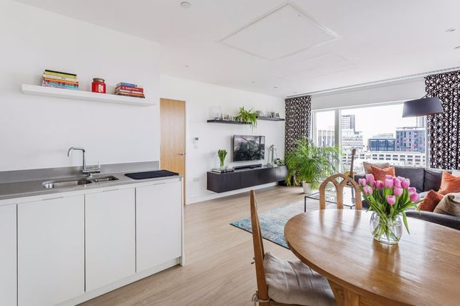 Thumbnail Flat for sale in Amarelle Apartments, Cherry Orchard Road, Croydon