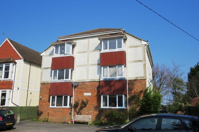 Thumbnail Flat for sale in North Bank, Hassocks