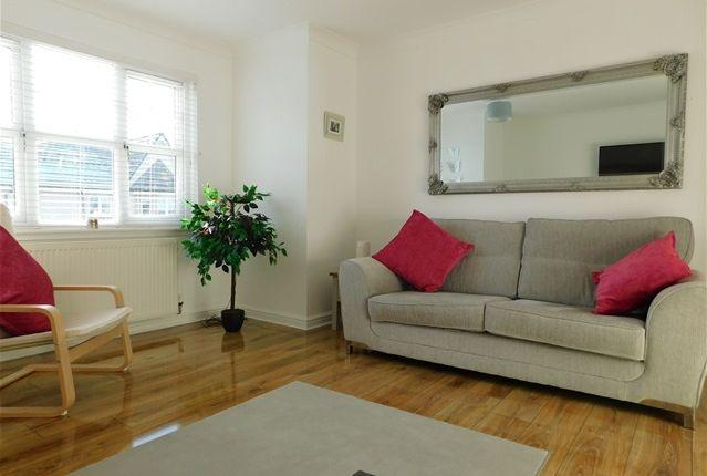 Thumbnail Flat to rent in Leyland Road, Bathgate, Bathgate