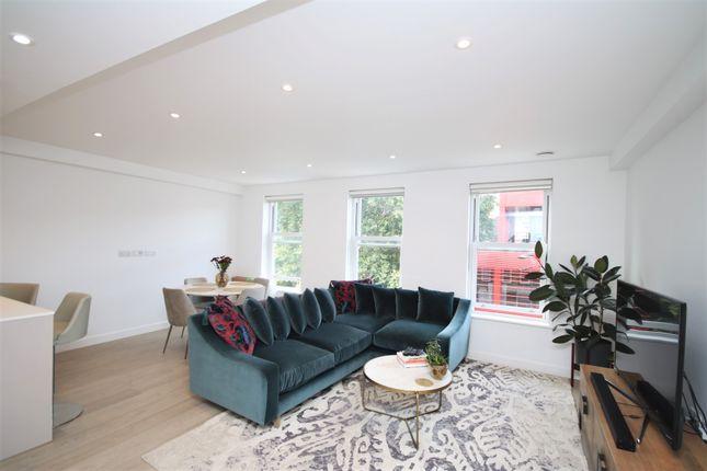 Thumbnail Flat to rent in Britton Street, London