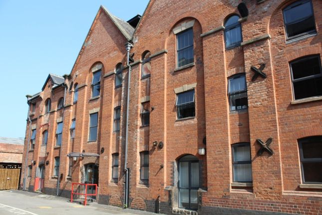Thumbnail Flat to rent in Wetmore Road, Burton-On-Trent