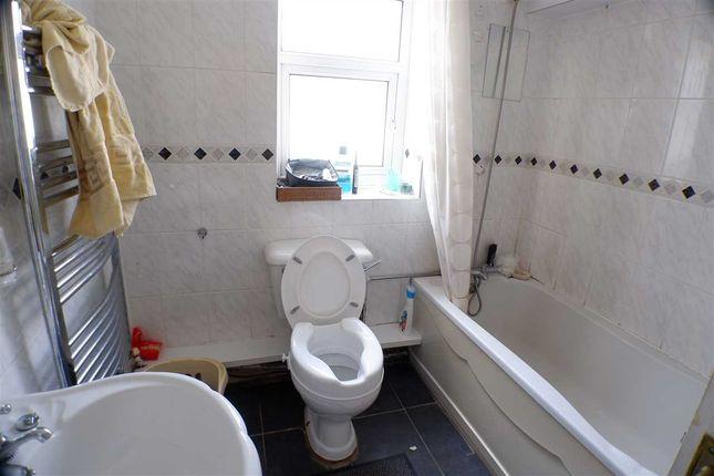 Bathroom of Ystrad Road, Pentre CF41