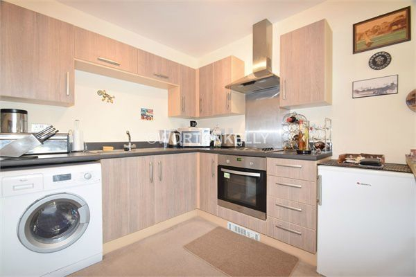 Thumbnail Flat to rent in Hobart Point, Churchfields Way, West Bromwich, West Midlands