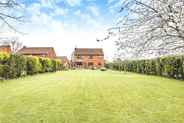 Thumbnail Detached house for sale in Knighton Way Lane, Denham, Middlesex