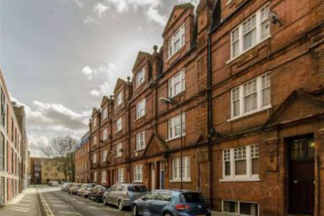Thumbnail Flat to rent in Casson Street, Shoreditch, London