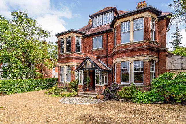 Thumbnail Property for sale in Cobden Avenue, Southampton