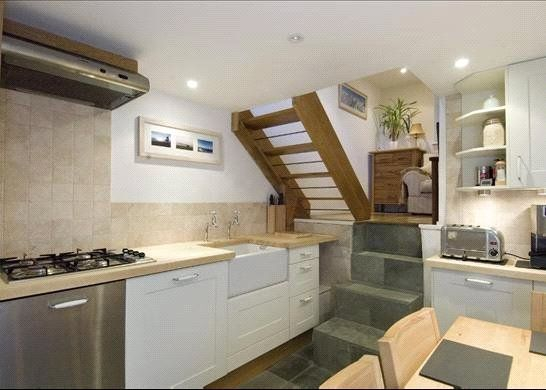 Thumbnail End terrace house to rent in The Mount Square, Hampstead, London