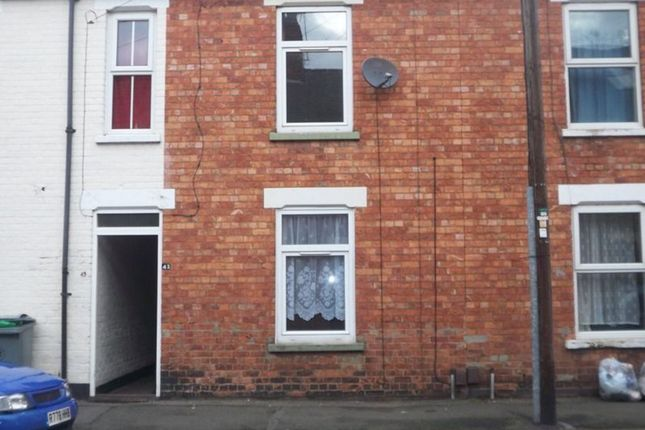 Thumbnail Terraced house to rent in Redcross Street, Grantham