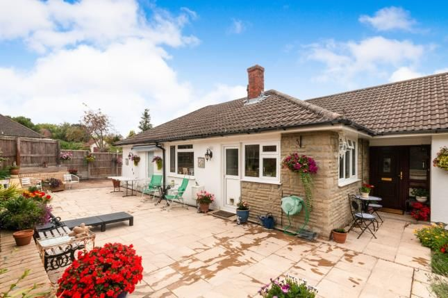 Thumbnail Bungalow for sale in Sherborne St. John, Basingstoke, Hampshire