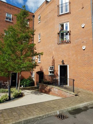 Thumbnail Flat for sale in Northampton Road, Market Harborough
