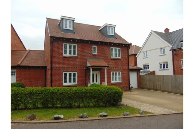 Thumbnail Detached house for sale in Kingshill Crescent, High Wycombe