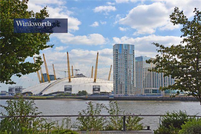 Picture No. 08 of River Gardens Walk, Greenwich, London SE10